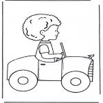 Småbarn - Little boy in car